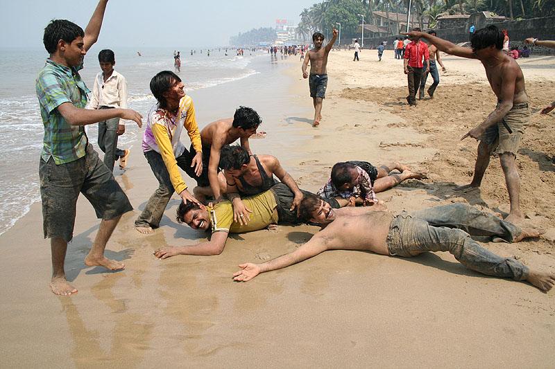 http://tanya-n.com/India09/Holi/IMG_7657b.jpg